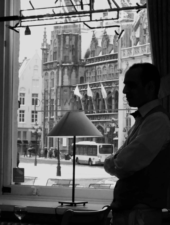 "« Waiter in Bruges », album ""Belgium in Monochrome"""